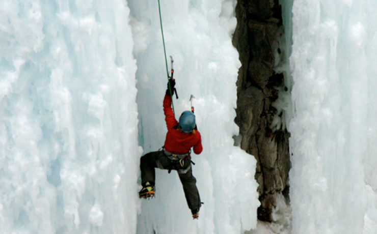 ice-climbing-ouray-cropped-feature-img