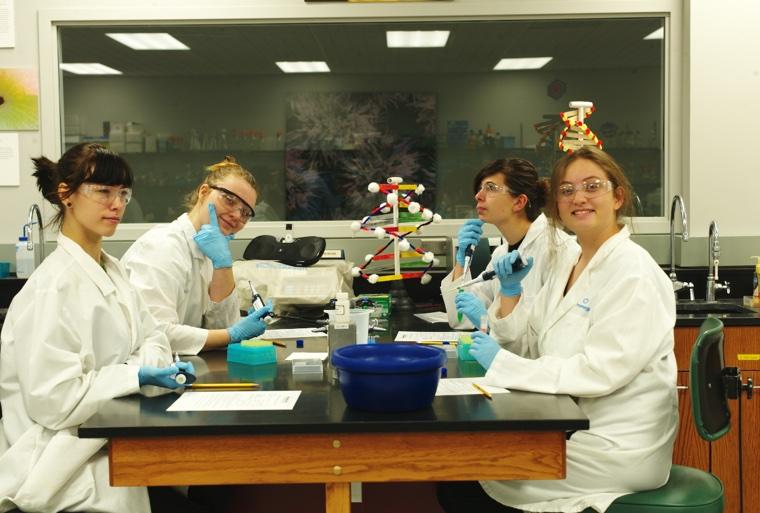 760 girls in lab